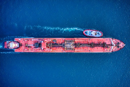 Chinese Tankers Using Evasive Tactics to Transport Iranian Oil